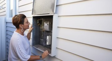 Smart Meters for Managing Electricity Usage