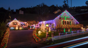 Where to find the best Christmas lights this holiday season