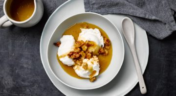 Vanilla Ice-Cream With Caramel Sauce Recipe