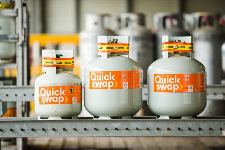 quick-swap-bbq-gas-cylinders